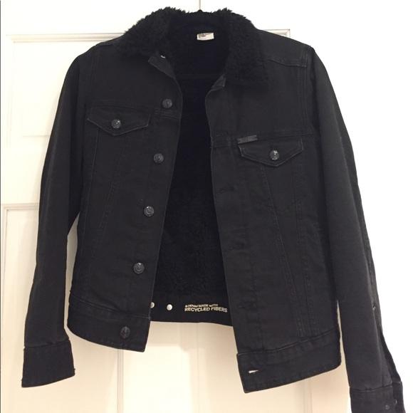 8710a1aca68 H M Jackets   Blazers - H M Black jean jacket lined with faux fur